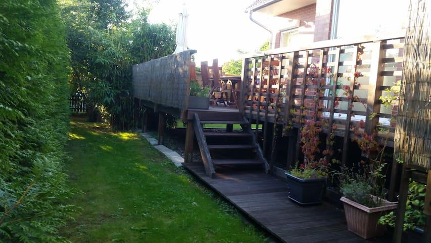 Lichtdurchflutetes Haus in Elbnähe zum wohlfühlen - Marschacht - House