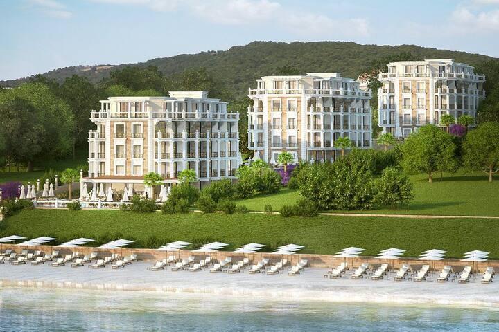 Horizon  Beachfront  Apartment in Saint  Vlas