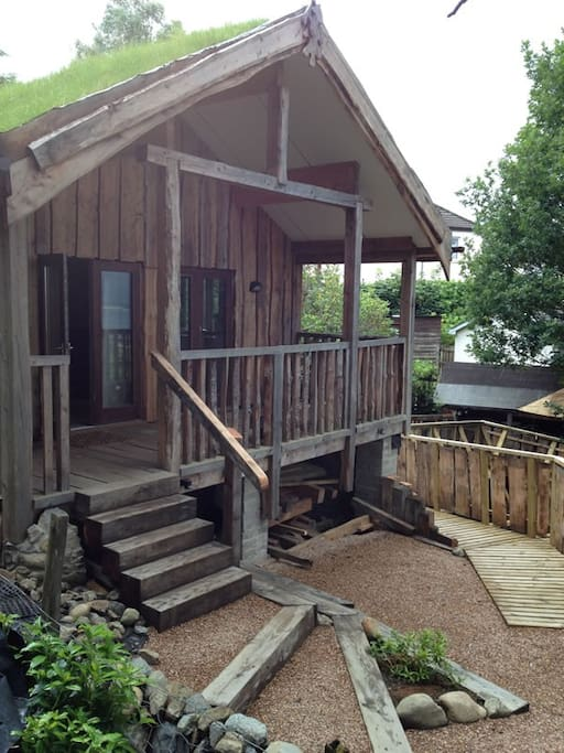 The deck/veranda