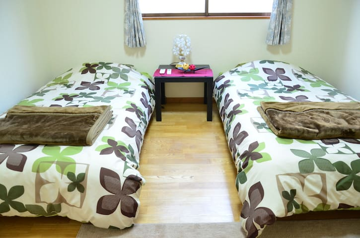 HAKONE GardenHouse(G)  5 min walk from bus stop