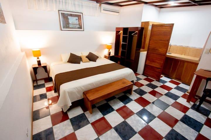 Habitación 1 (1 cama individual)