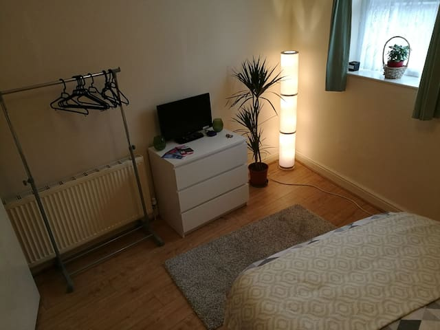 Lovely quiet double room - Londen - Appartement