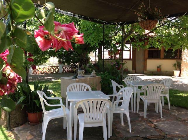 Casa Rural del Corral (10 pax SA) - Malpartida de Plasencia - House
