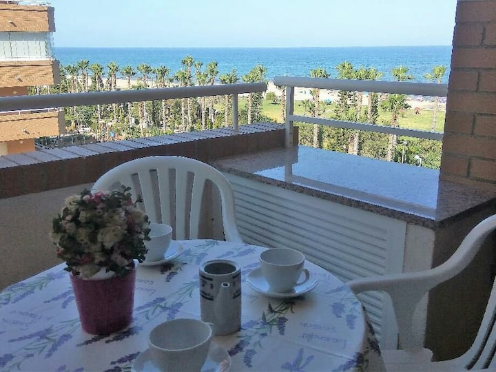 Marina D'Or. Apartamento Oropesa. 1 línea de Playa
