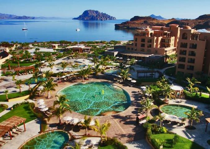5 Star Resort, Islands of Loreto, Baja Mexico