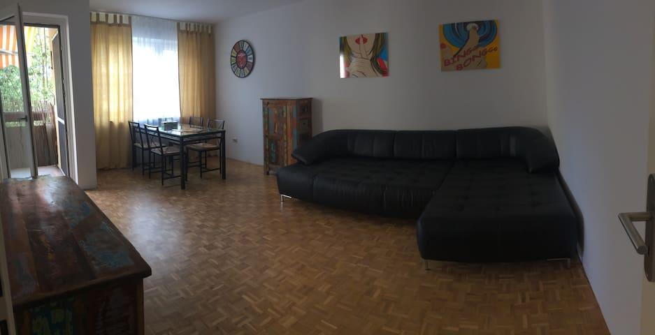 Big cozy apartment 35min to Oktoberfest