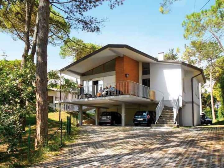 house for 7+2 pers with a/c in Lignano R68114