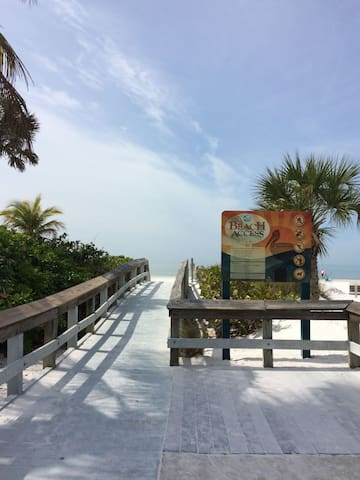 Endless Summer  beach access - Fort Myers Beach - Talo