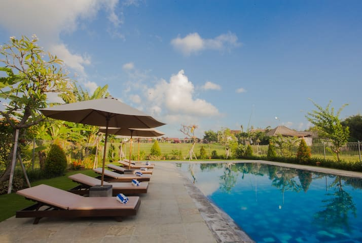 Balinese rooms by Canggu Village