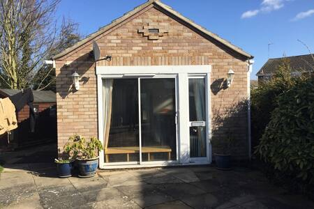 SPACIOUS STUDIO IN ST.IVES CAMBRIDGESHIRE - Saint Ives - Guesthouse
