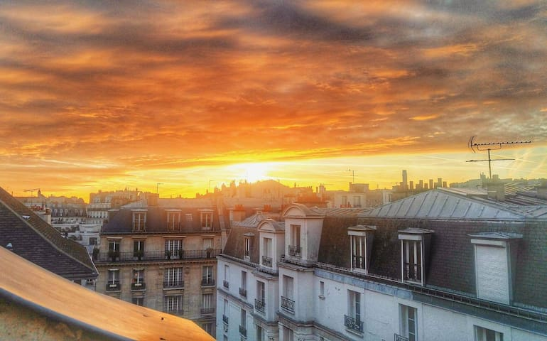 Near Arc de Triomphe/Etoile:cosy Top Floor-Terrace - Paris - Apartemen