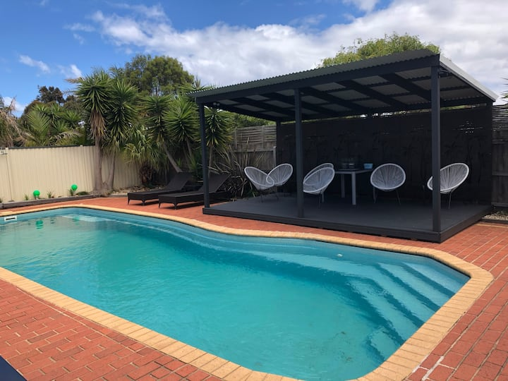 Ocean Grove Beach Oasis -Sleeps 16- inground pool
