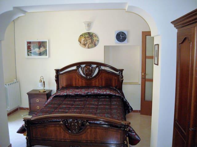 Delizioso appartamentino in centro storico - Caltanissetta - Huoneisto