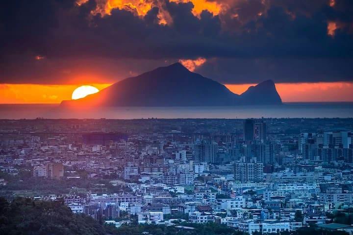 遊宜蘭幾米公園,近轉運站,時尚套房,輕旅情侶適合,好友家人也適合 - 宜蘭市 - Apartment