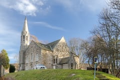 Braemar+Apartment+-+converted+church+apartment+in+Braemar%2C+sleeps+4+in+2+bedrooms+-+Fantastic+location+and+a+lovely+modern+flat