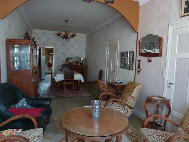 """Maison """"vintage"""" au pied du Morvan et de Nevers"""