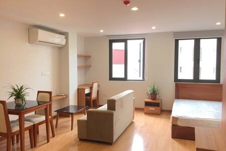 New mini Apartment in the city center Hanoi - Trúc Bạch