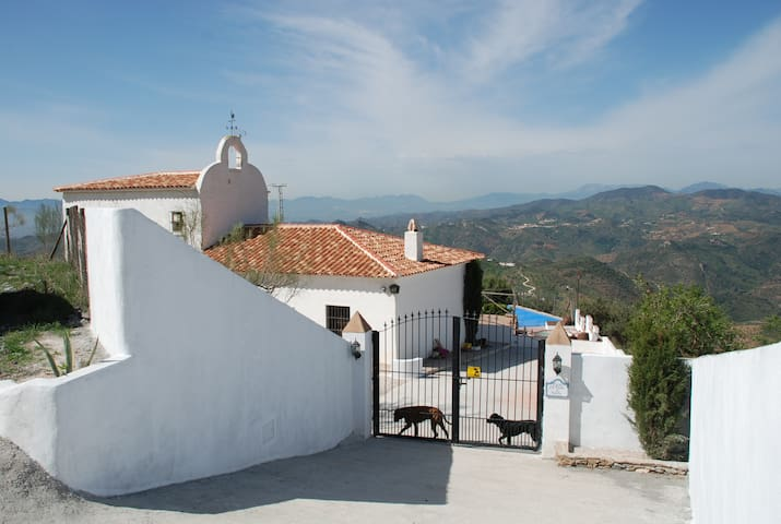 Unique Andalusian Holiday Finca - Almogía - Casa