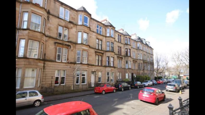 Ground floor Apartment in Kelvingrove Area