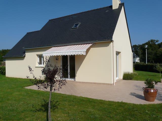 Belle maison récente, proche plage, Tour du parc - Le Tour-du-Parc - Huis