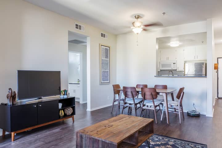 WholeApt BRAND NEW! Koreatown 2Bed/2Ba/2Parking 7A