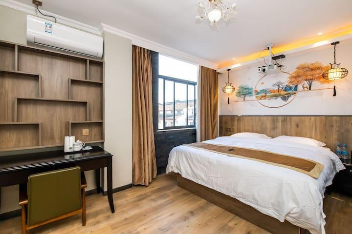 1米8豪华大床房 有窗