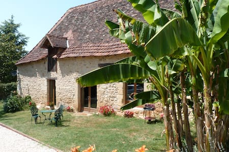Renovated Stone Barn in the Dordogne Countryside - Pressignac-Vicq - Guesthouse