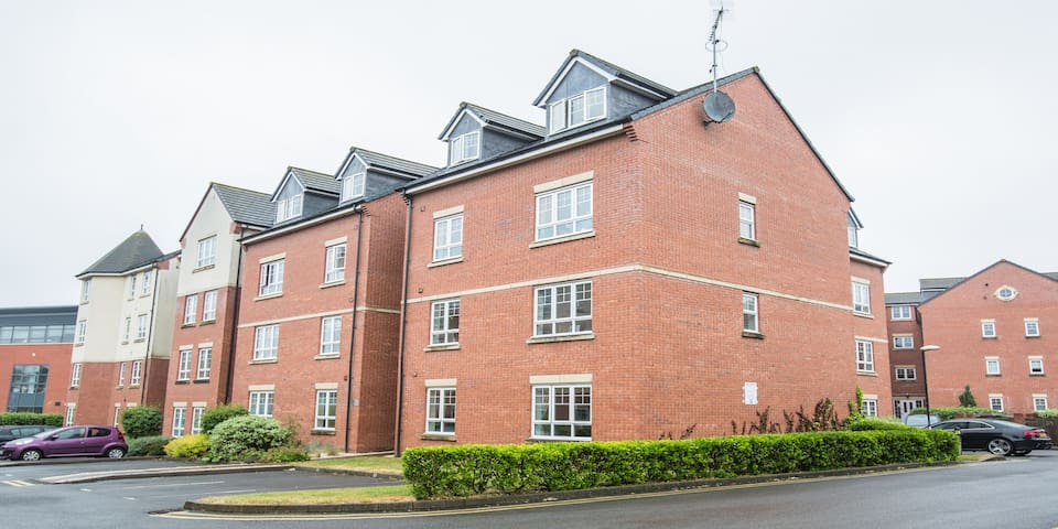 Set In The Heart Of Warwick 1 Bedroom Apartment