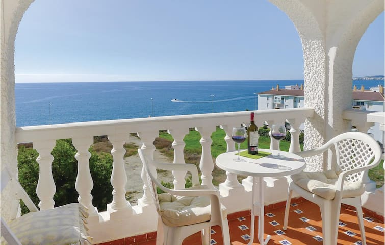 Holiday apartment with 1 bedroom on 45 m² in Mezquitilla