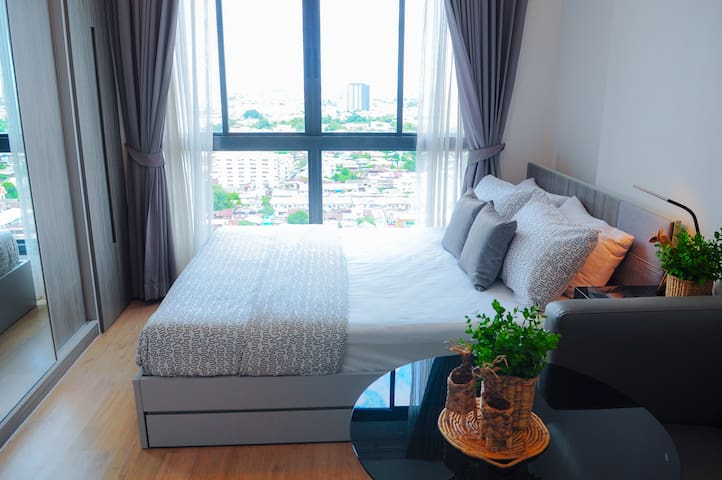 Near Skytrain+Hi-WiFi in room+Mart+Mall - Bangkok - Kondominium