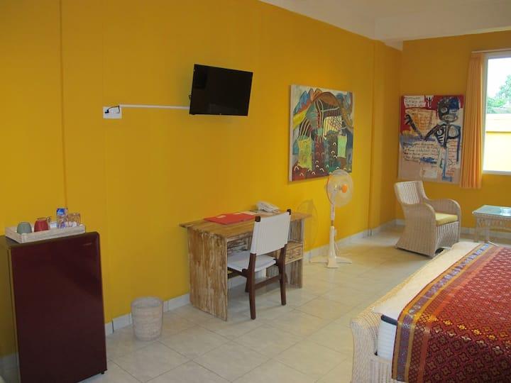 Artistict-Modern Room Rumah Bintang Kuning 5