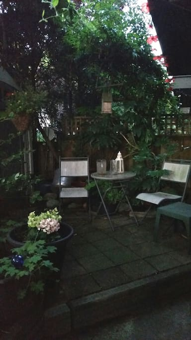 Garden coffee nook.