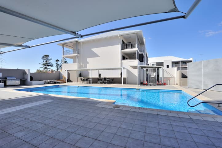 Pool & BBQ facilities at rear door