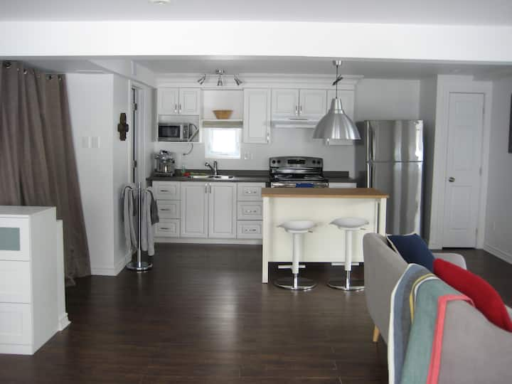 Impeccable studio 15min from downtown Montreal