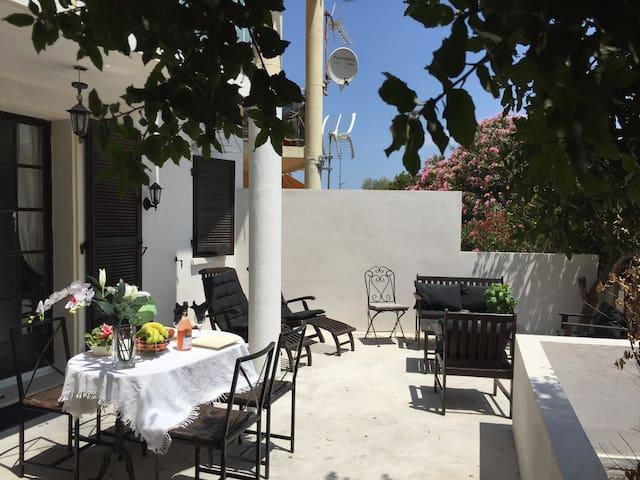 Charming and romantic apartment in Calvi - Calvi - Huoneisto