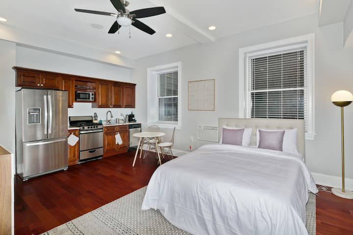 Top Studio in Old City, 8min walk to Liberty Bell