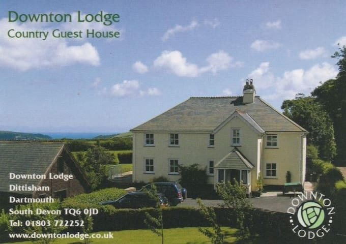 Country B&B with Distant Sea Views - Dittisham, Dartmouth - Bed & Breakfast