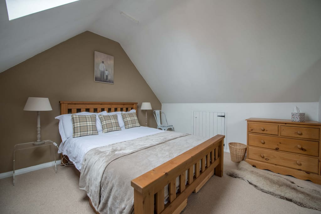 Bedroom with comfy bed and quality linen