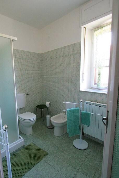 bagno privato camera verde