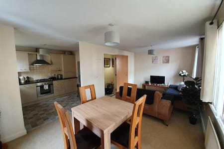 Spacious modern 2 bed ground floor Apt in Belfast