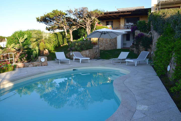 Villa with a swimming pool, overlooking the crystal-clear waters of the Costa Smeralda