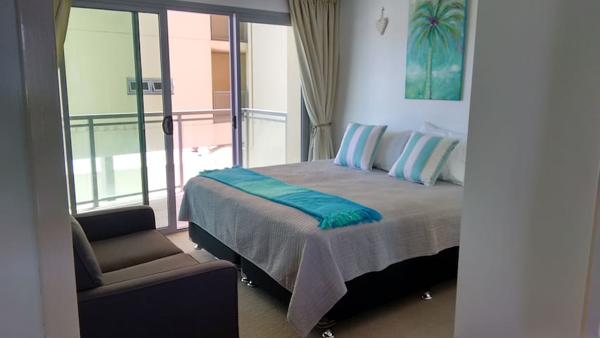 2 Bedroom Noview / Standard Rate (2 Bedroom Noview)