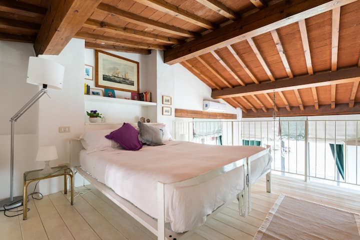 La Loggia, loft Pandolfini street