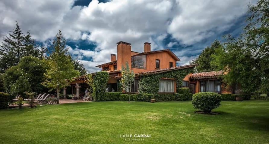 Casa de campo, preciosa en Huasca!