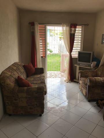 Maureen's Villa