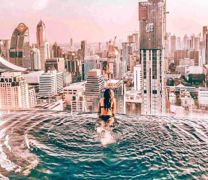 Rooftop Infinity Sky Pool , Golden Location
