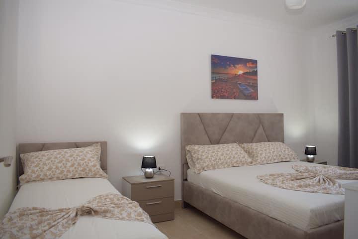 Best summer Apartment 102
