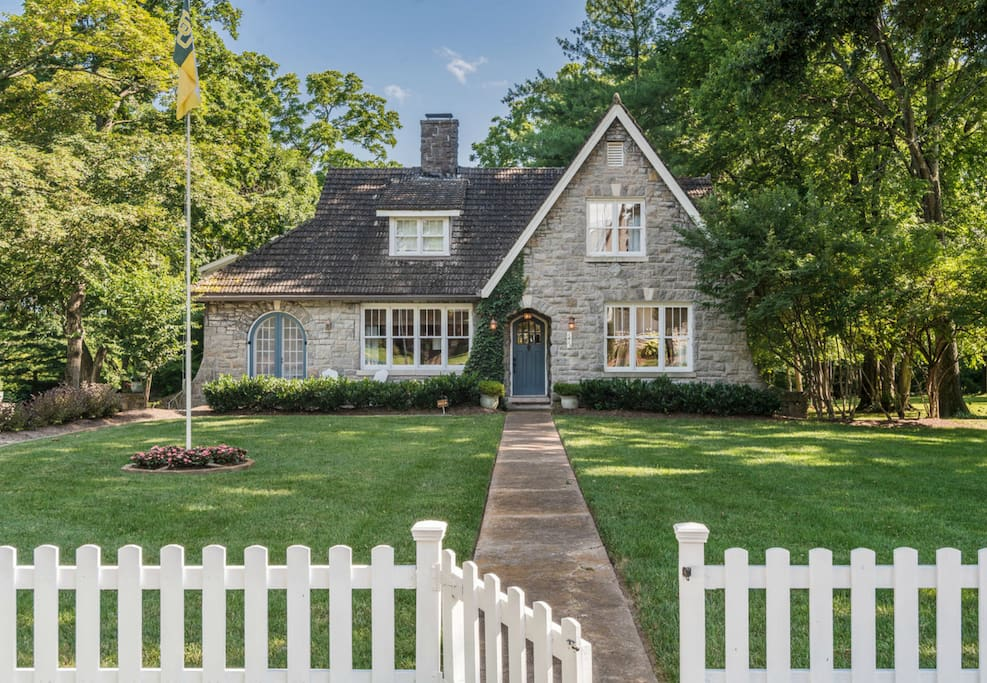 Charming 12 South Stone Cottage Houses For Rent In