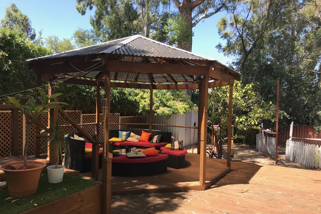 this is the outdoor area with the outside lounge