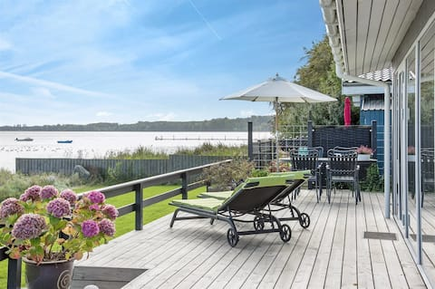 * * * ** exclusive holiday home with panoramic views
